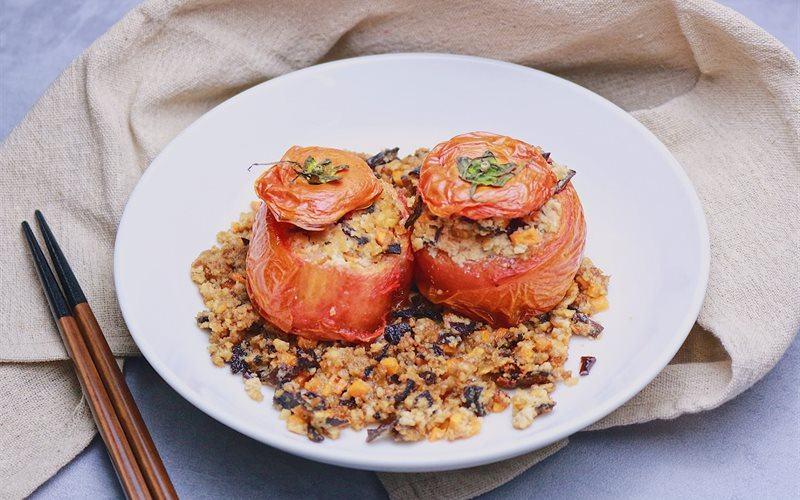 Món cà chua nhồi đậu chiên chay thanh đạm