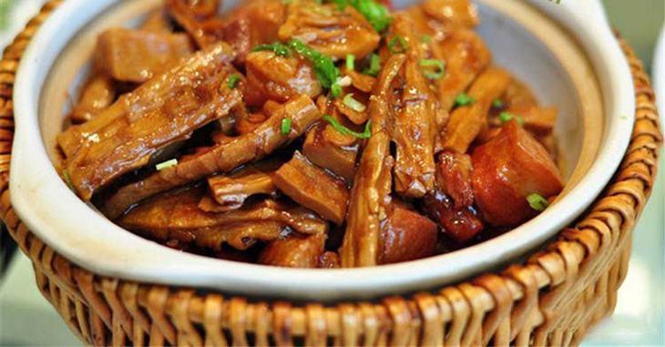 Cách làm thịt xào măng khô, thịt kho măng khô ngon cơm, hấp dẫn