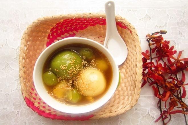 Cách nấu chè trôi nước không bị cứng từ bột mì, khoai lang, đậu đỏ
