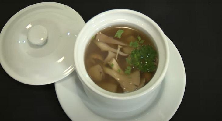 Cách nấu súp măng chay thơm ngon, cho ngày chay thêm vị