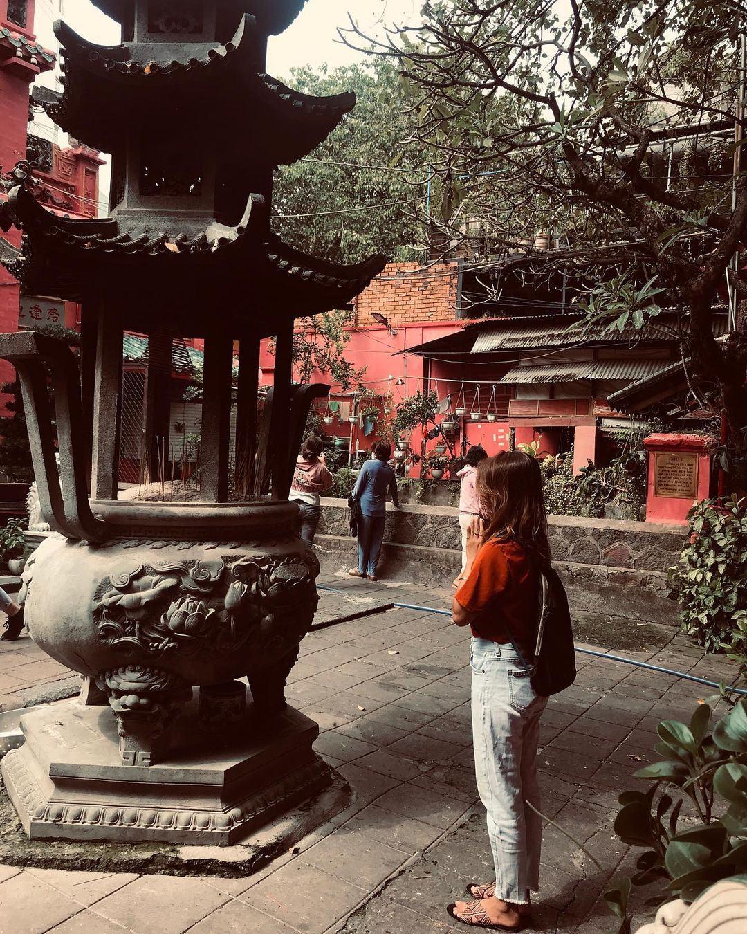 đi chùa Ngọc Hoàng câu duyên