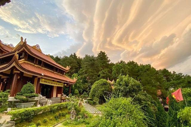 Kinh nghiệm hành hương đến Thiền Viện Trúc Lâm Tây Thiên ở Vĩnh Phúc