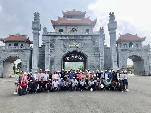 Khu di tích lịch sử Đền Hùng thu hút du khách với những điểm tham quan hấp dẫn