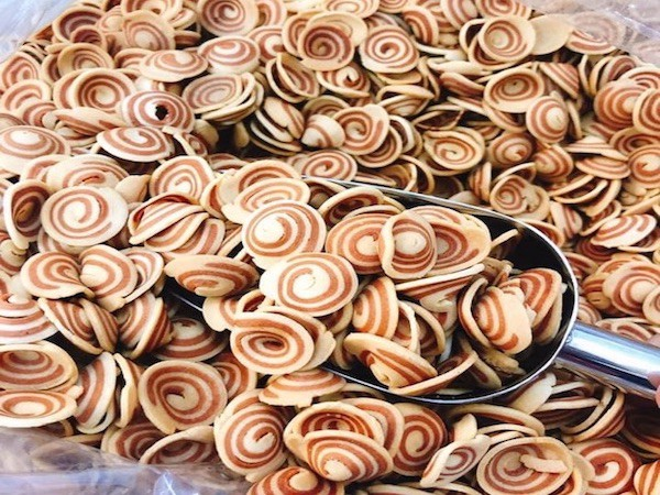 Bánh Tai Heo ăn vặt giòn ngon