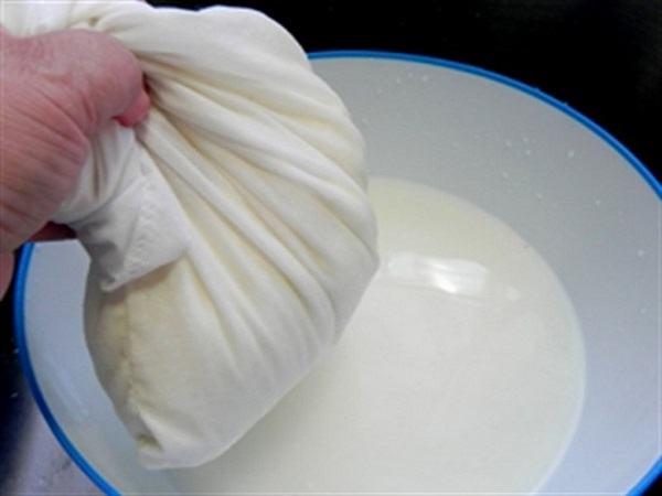 Cách làm đậu hũ tại nhà cực đơn giản với túi lọc
