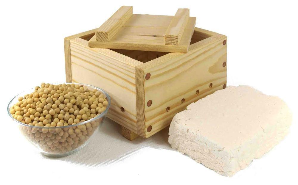 Làm đậu hũ đơn giản tại nhà với khuôn gỗ